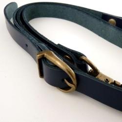 Anse bandoulière bleu nuit cuir véritable réglable 105 à 125cm