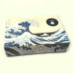Puzzle with the famous Japanese Great Wave off Kanagawa. 1000 pieces.