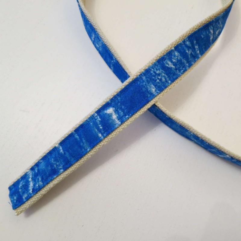 Sangle beige avec bande bleue et blanche par multiples de 1m