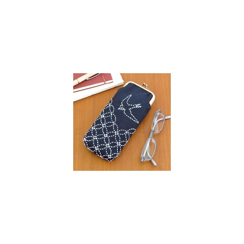 Kit sashiko étui à lunettes motifs shippo et hirondelle
