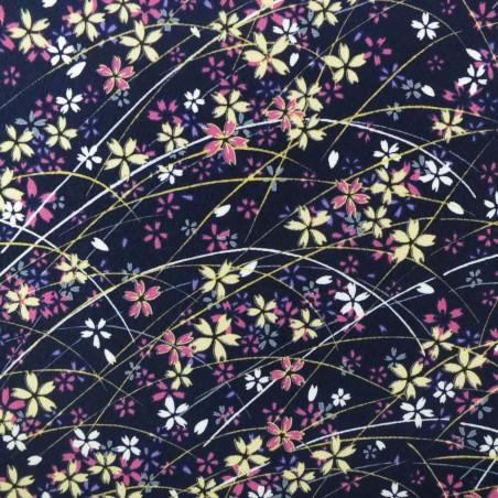 Tissu chirimen fleurs de cerisier et herbe sur fond bleu nuit