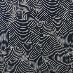 Tissu chirimen bleu nuit grandes vagues écrues