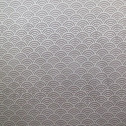 Tissu japonais satin fluide petites vagues seigaiha sur fond beige