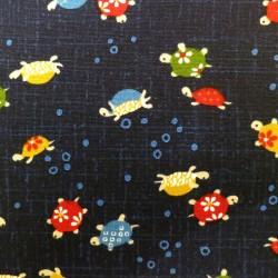 Tissu japonais bleu nuit motif tortues colorées