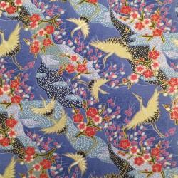 tissu japonais grues et fleurs de prunier fond bleu