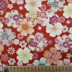 Tissu rouge gaufré motifs de fleurs avec du doré