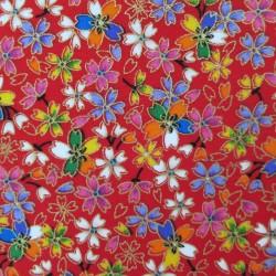 tissu japonais fleurs de cerisier multicolores sur fond rouge